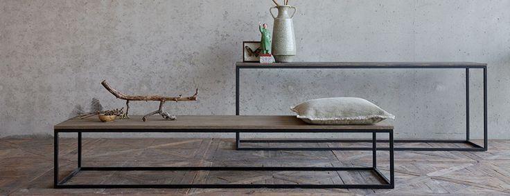 Sidetable en haltafel van staal en hout