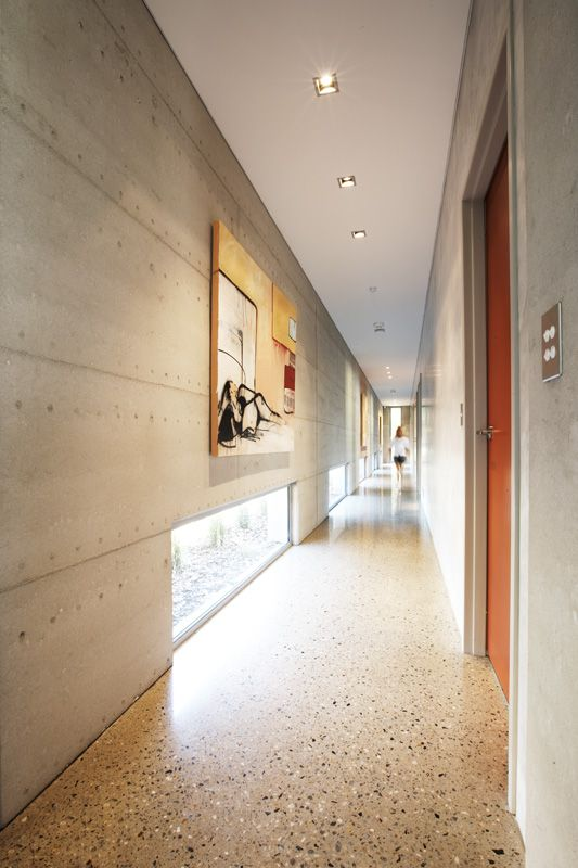 Industrial style in your corridor