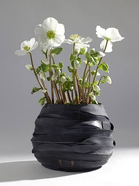 flower pot made of bicycle inner tube