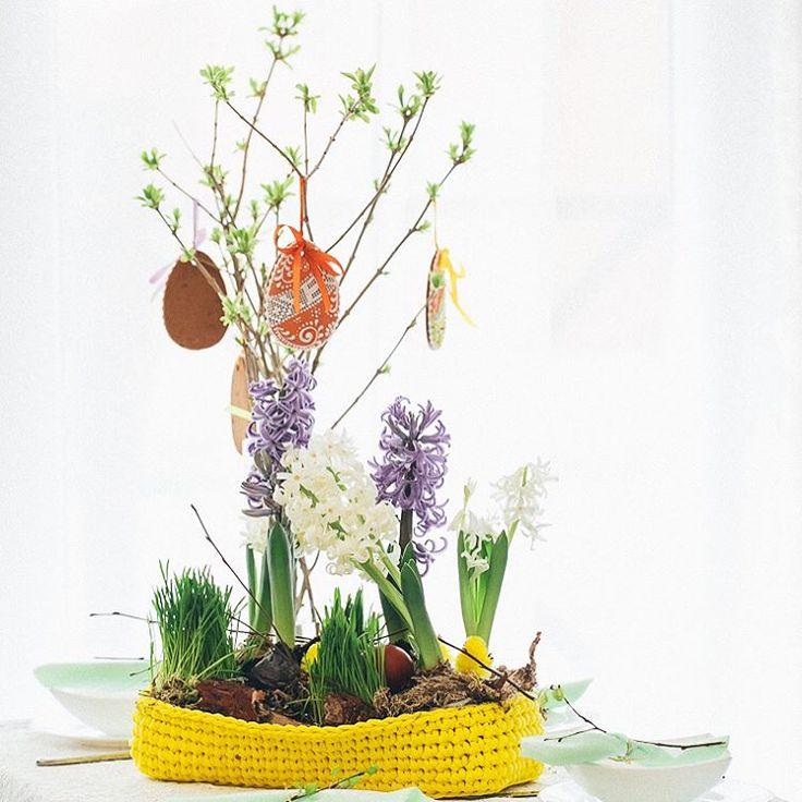 Гиацинты в интерьерной корзиночке Пасхальный декор