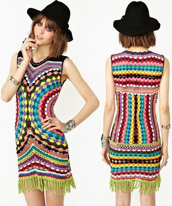 Multicolored Crochet Dress from Shakuhachi,shakuhachi-psychedelic-crochet-fringe-dress, bohemian, retro, retro dress, retro crochet dress, bohemian crochet dress, gekleurde gehaakte jurk, retro jurk haken, shakuhachi, modeontwerper shakuhachi