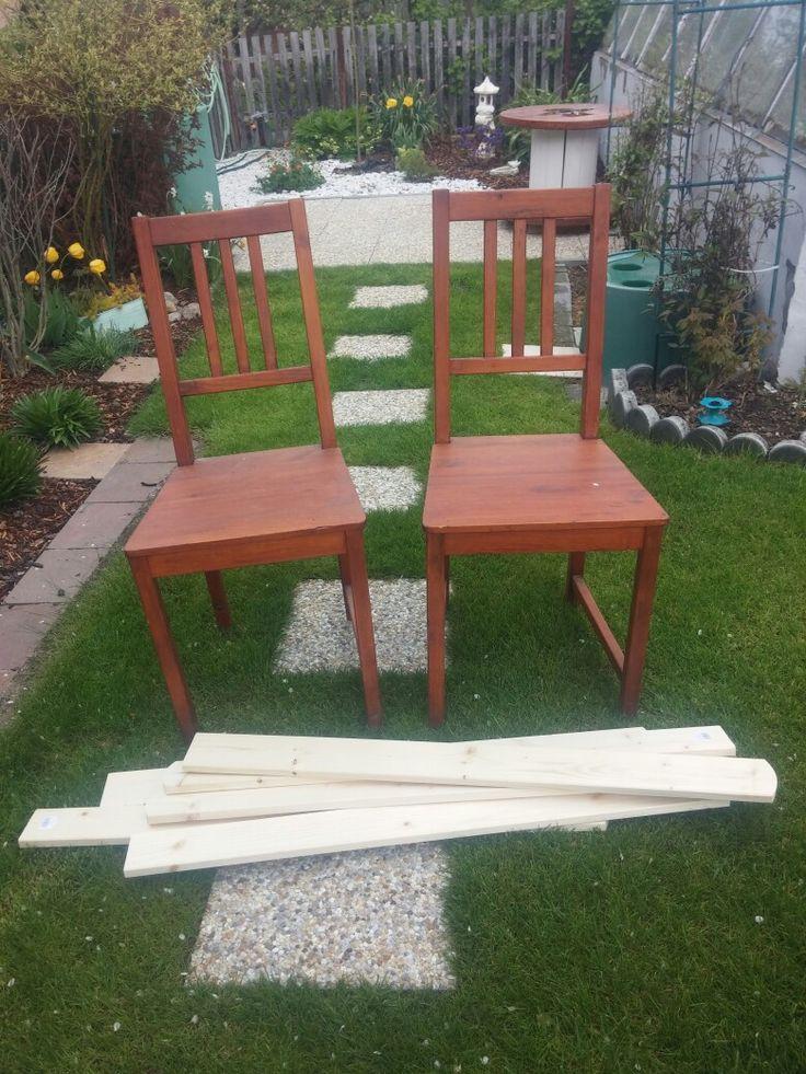 Dvě přebytečné židle před 😉