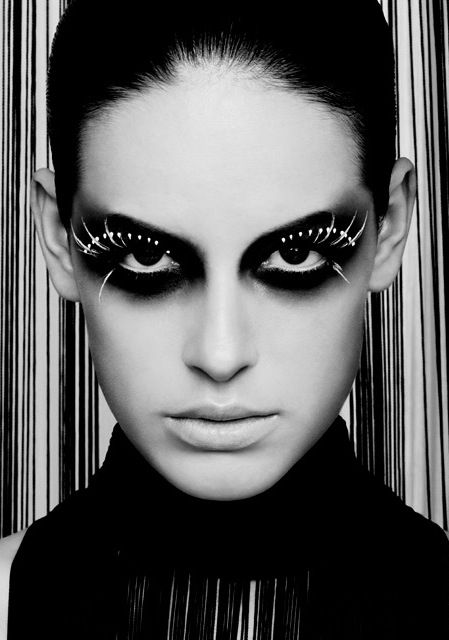 © Thomas Rusch tThis was posted 9 hours ago zThis has been tagged with Thomas Rusch, np, nothingpersonal, Rhttp://nothingpersonaluk.tumblr.com: Dramatic Makeup, Eye Makeup, Body Paintings, Dark Eye, Black And White, Faces Makeup, Black White, Artists Makeup, White Makeup