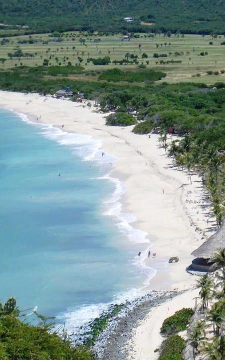 Estado Nueva Esparta: Isla Margarita… Playa Puerto Cruz., Venezuela
