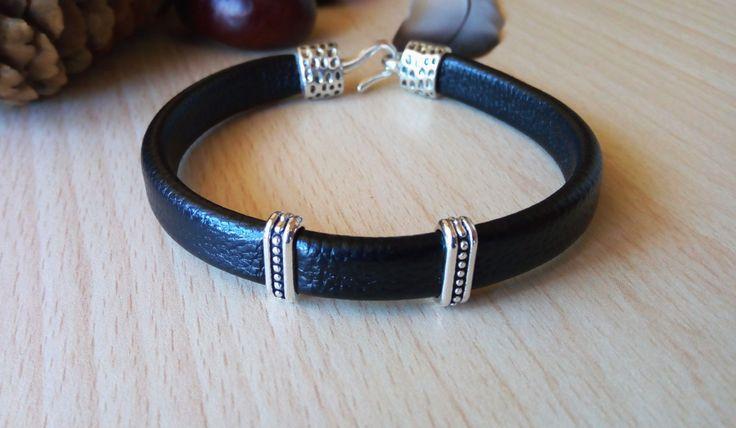 Mens Leatherette Bracelet/ Bracciale uomo/ Bracciale uomo pelle ecologica/ Mens Gift/ Bracciale uomo similpelle/Regalo uomo/Bracciale regalo di Athiss su Etsy