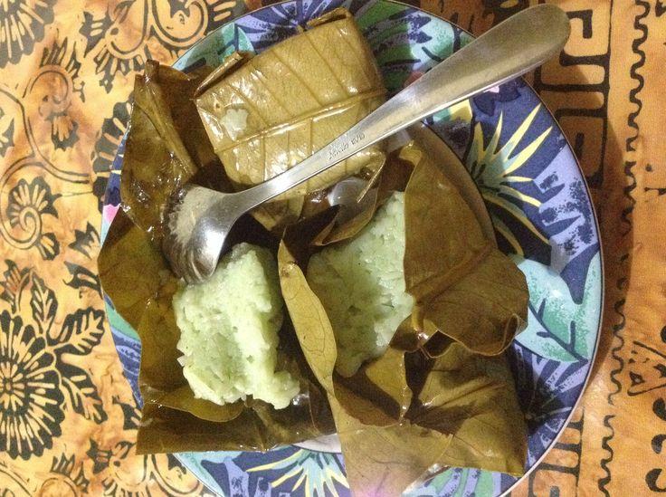 Tape Kuningan ~ fermented glutenious rice wrap on kemang's leaf
