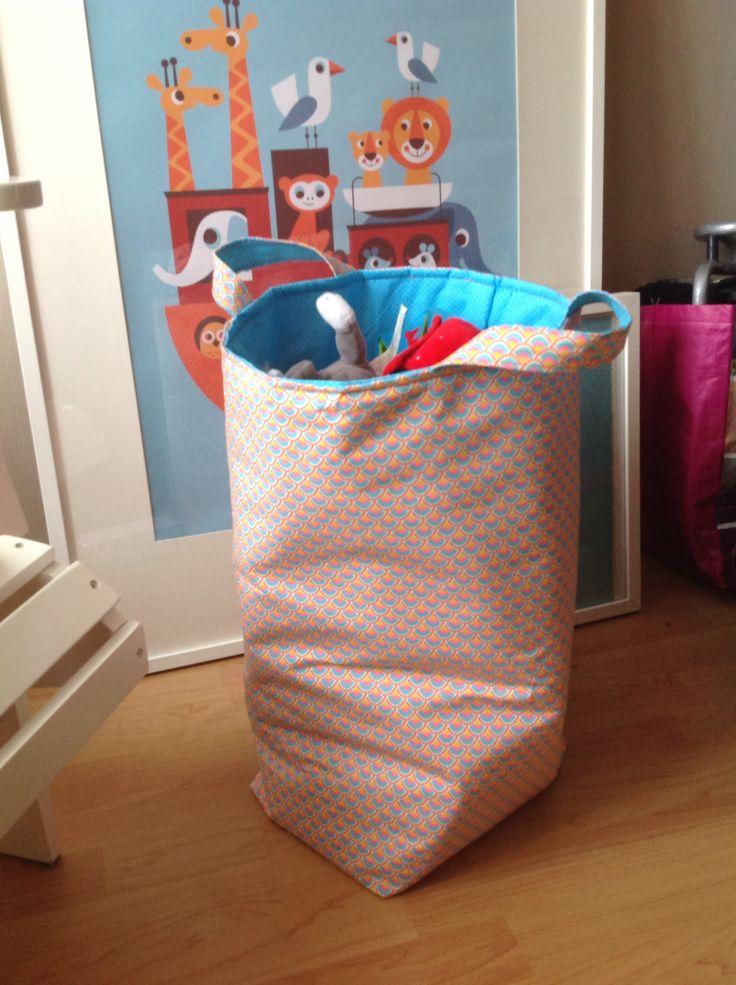 les 207 meilleures images propos de couture enfants b b s sur pinterest motif gratuit. Black Bedroom Furniture Sets. Home Design Ideas