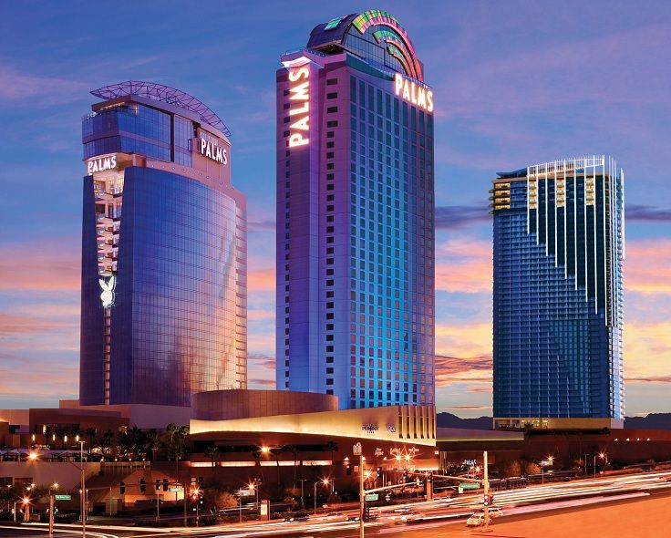 The Palms, Las Vegas, Nevada, USA via the TOP 10 Most Luxurious Hotels in The World - Romantic honeymoon in Las Vegas!? Yes Please!! Alcohol, gambling, party equals excitement and adrenaline. Perfect fun for young couples !