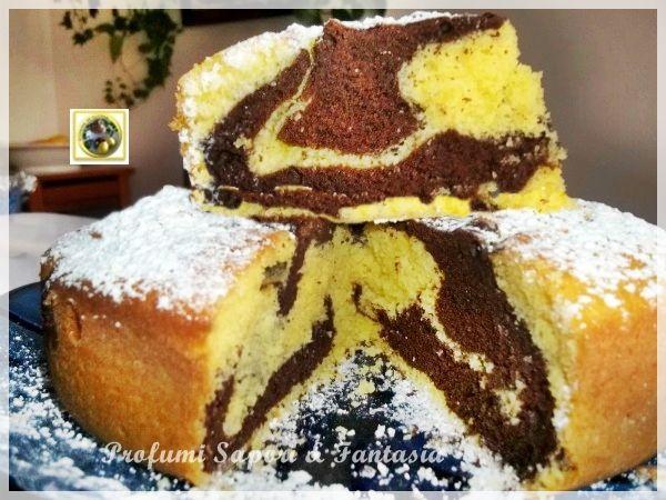 Torta soffice con panna e cacao