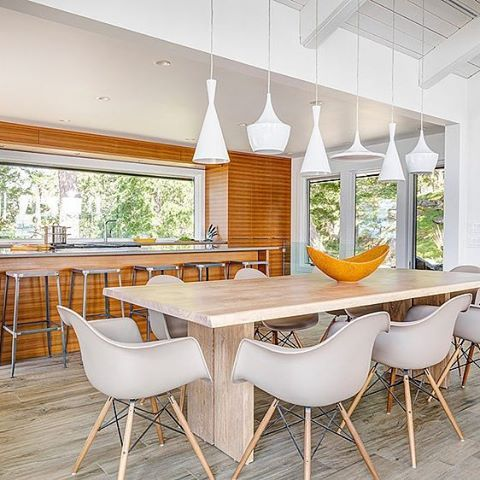 Island Retreat by Johnson + McLeod Design Consultants #homeadore #diningroom #interior #interiors #interiordesign #interiordesigns #residence #home #casa #property #villa #maison #penderisland #vancouver #canada #johnsonmcleoddesignconsultants