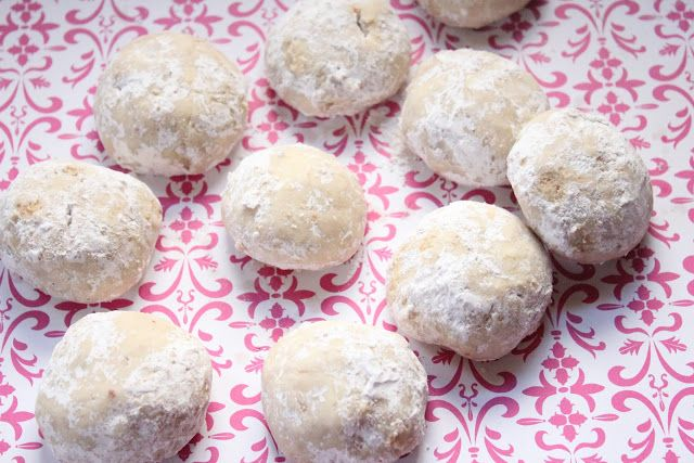 Eat Good 4 Life » Russian Tea Cookies--Healthified :(made with whole wheat pastry flour)