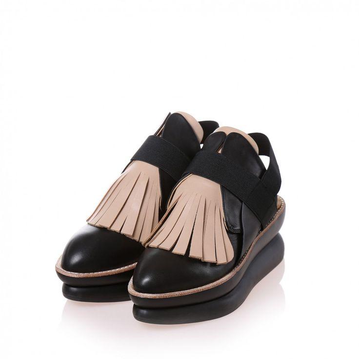 478g black leather nude nubuck sandal