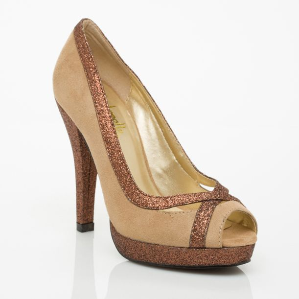 Cinderella of Boston - Womens Petite Shoes yes these too please :D