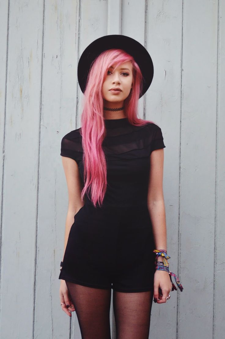 outstanding outfits with pink hair dress