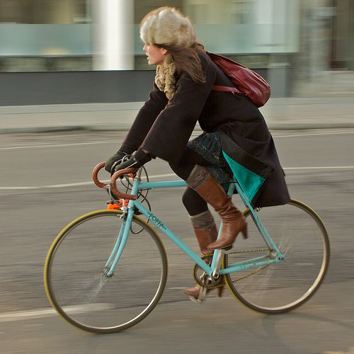 A critique of cycle chic by the wonderful Elly Blue - actually a critique of the CycleChic(TM) brand. I think the definition of cycle chic in use by other bike bloggers has evolved past its roots to be more inclusive, but this is well worth a read.