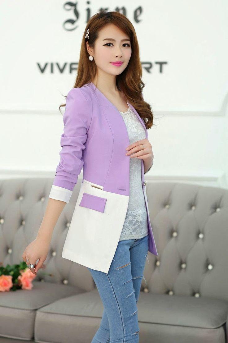 El blazer es una prenda bastante versátil. En Corea del Sur las chicas suelen utilizarlo en su mayoría con pantalones o con faldas, a v...