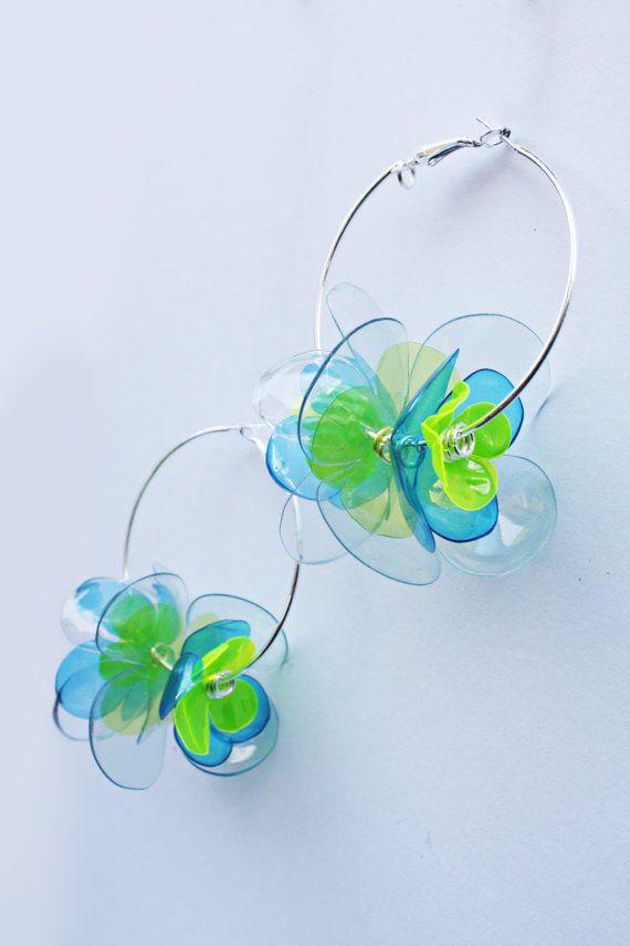 Aretes de flor en verde y azul, 5cm pendientes de plata aro plateado por ciclos, botella del animal doméstico joyas de Enna