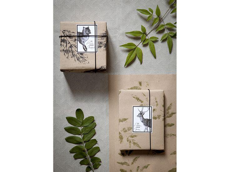 Un semplice fai-da-te per realizzare una carta da pacco personalizzata e natural-chic!