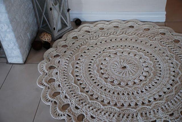 Bergamotka: Szydełkowy dywan na bis