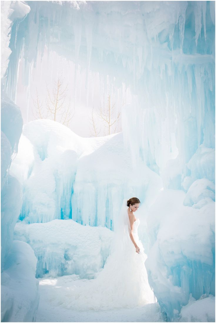 Plum Pretty Photography | Colorado Winter Wedding Photography | Trash the Dress | Colorado Ice Castles | Winter Bridal Portraits | Breckenridge Wedding | Winter Wonderland Wedding