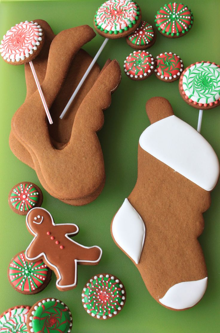 LOVE this idea for Christmas cookies!!! Stuff-able Stockings :)