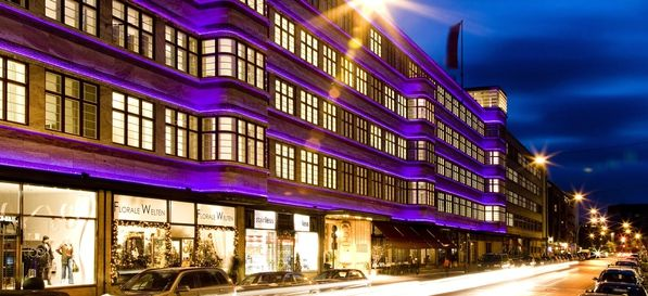 41 best top 40 eventlocation in berlin images on pinterest birthdays top 40 and berlin berlin. Black Bedroom Furniture Sets. Home Design Ideas