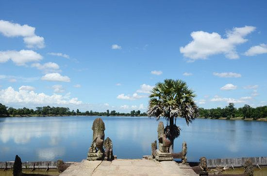 Srah Srang (Khmer: ស្រះស្រង់) is a baray or reservoir at Angkor, Cambodia, located south of the East Baray and east of Banteay Kdei.