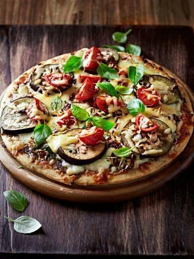 Pizza aux aubergines - Recette de cuisine Marmiton : une recette