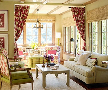 Curtains In Door Window Blinds Placed Above The Cottage Living Room Decorating Ideas