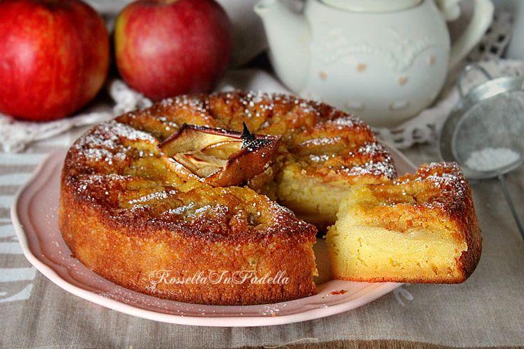 Torta di mele veloce nel frullatore. Morbida e corposa torta che si prepara nel frullatore. Deliziosa, non potete perdervela.