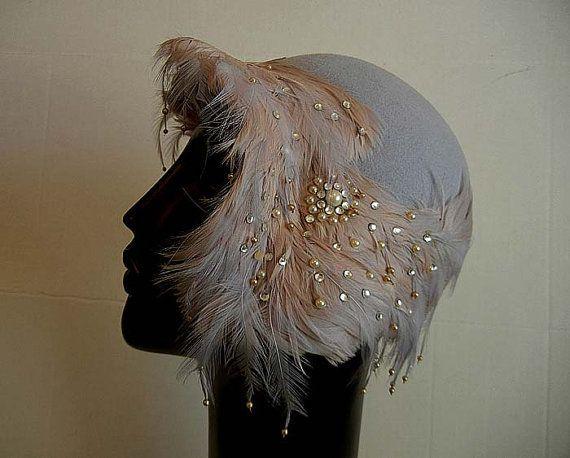 1920-х годов шляпа с перьями
