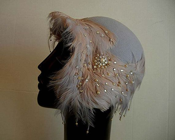 1920s hat with feathers