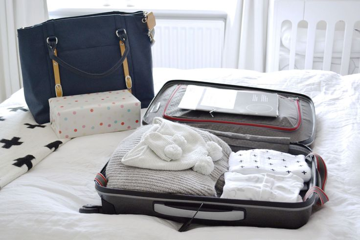 What To Pack In Your Hospital Bag  | Chalk Kids Blog