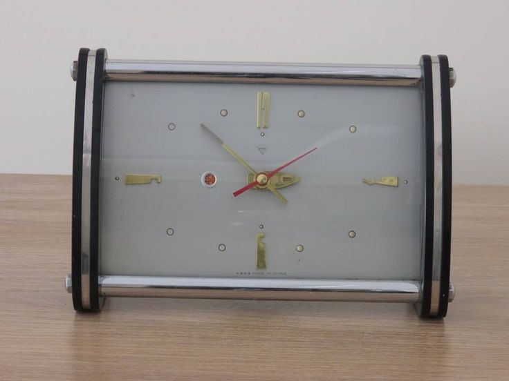 1970' lerden, 50'li tarzda yapılmış, uzun yıllar sevilerek kullanılan, DIAMOND marka, nostaljik, eski, tamburlu, kurmalı, alarmlı masa saati, çalar saat... ÇALIŞIR DURUMDADIR 100,00 TL #diamond #diamondsaat #diamondclock #antika #eski #nostalji #retro #vintage #antique #nostalgie #old #saat #çalarsaat #masasaati #clock #alarmclock #tableclock #1970 #1970s