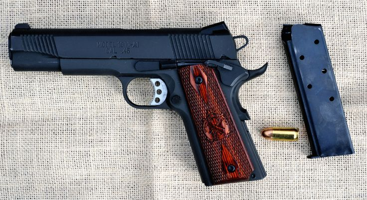 https://flic.kr/p/qA1v4T | Springfield Amory 1911 Range Officer | People have told me the Springfield Armory Range Officer 1911 is a very accurate gun considering its reasonable selling price.  This was given to me by a family member that is not doing well with his fight against cancer.  Tough way to get something.  It has been fitted with Trijicon tritium sights.