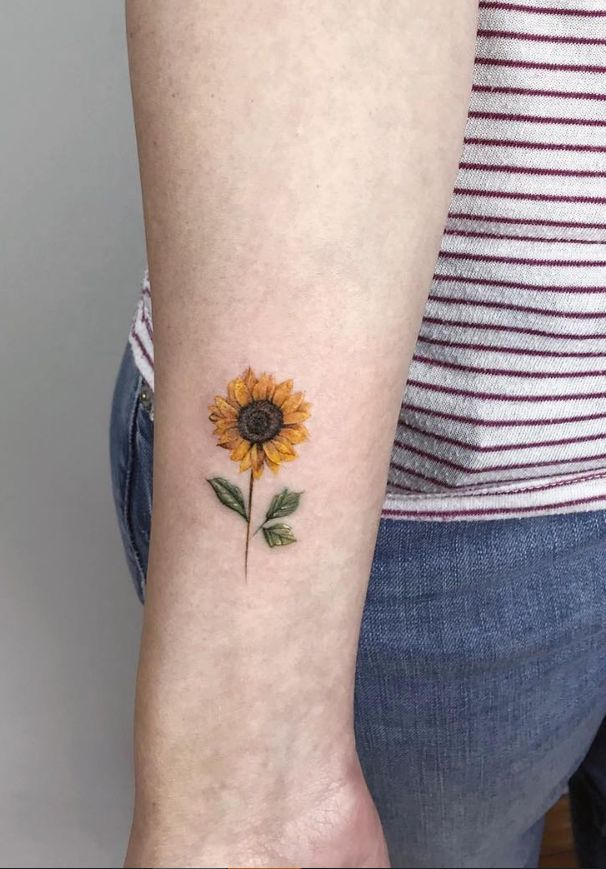 Pretty Simple And Small sunflower wrist Tattoo Ideas For Woman – –  – #smalltattoos