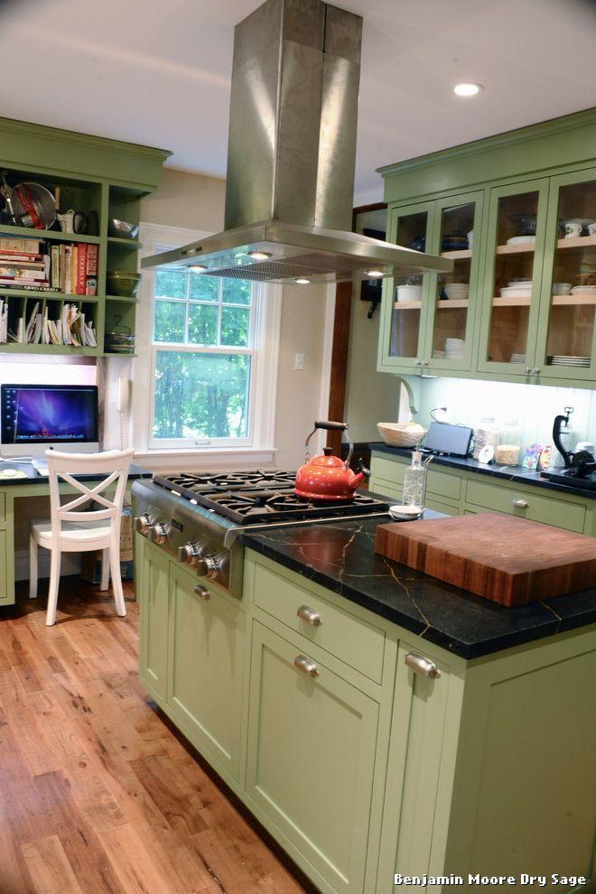Best Benjamin Moore Dry Sage With Classique Cuisine Kitchen 400 x 300