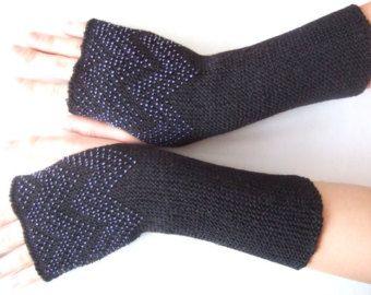 BEADED wrist warmers. Very soft and warm handmade by Ligitashop