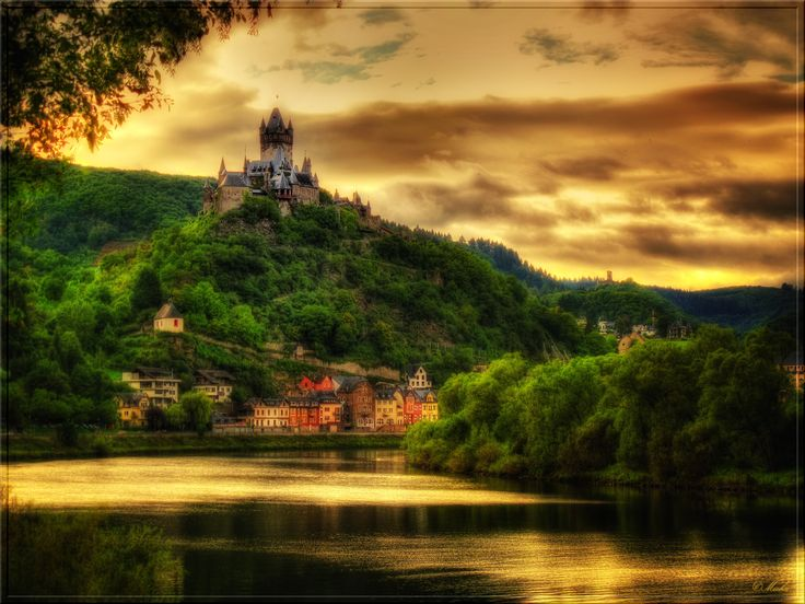 Reichsburg Cochem, built 1868, Cochem is the seat of and the biggest town in the Cochem-Zell district in Rhineland-Palatinate, Germany.