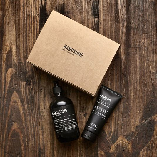 Didn't think the man in your life could get any more handsome? With this range of all natural grooming products he can! Packaged up in a customised box, they make the ideal gift this Father's Day. Order today for next day delivery at www.whiteandco.com.au ✖️