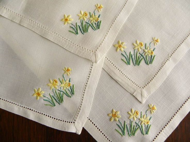 The Pink Rose Cottage - Vintage Irish Linen Tea Napkins with Embroidered Daffodils