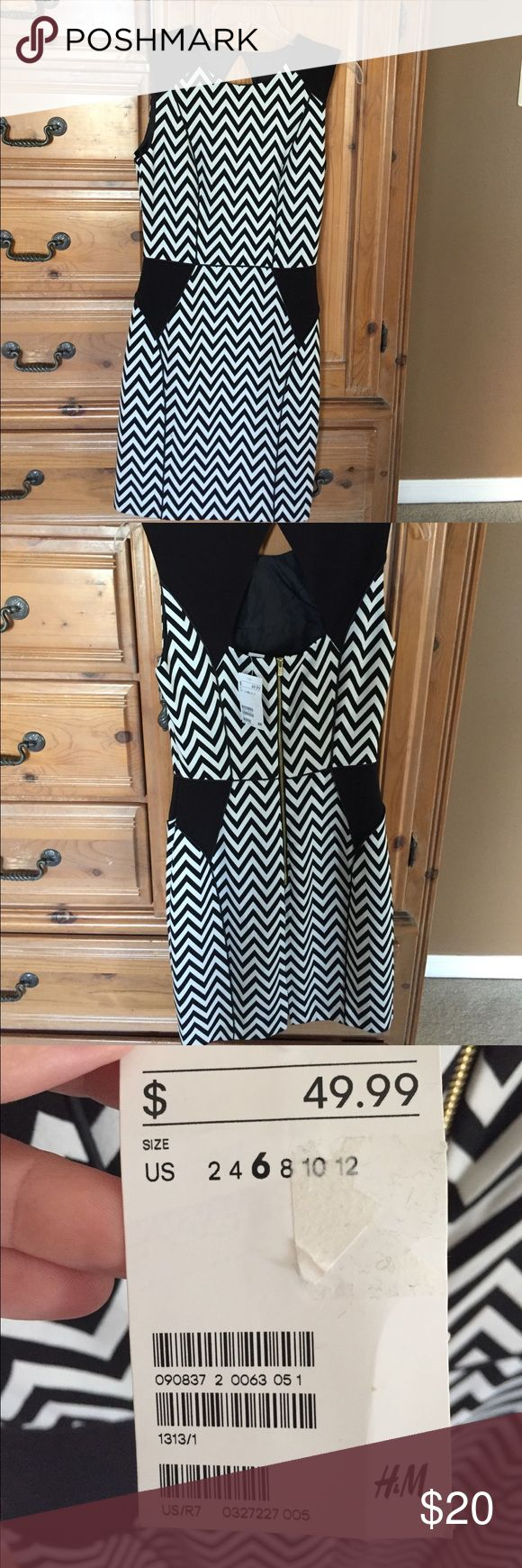 "H&M Chevron Print Dress Black and white chevron print H&M dress. Fitted and fully lined. A little bit of stretch to it. Diamond shaped keyhole cut out Gold exposed zipper up the back. Length 35"" bust 16"" waist 13"" (laying flat). Material is polyester, viscose and elastine. It's darling on!! H&M Dresses Midi"