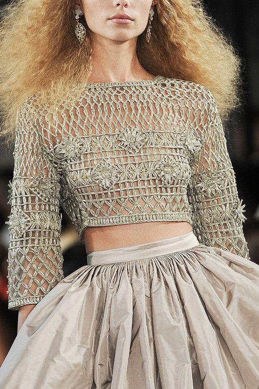 Oscar de la Renta Spring 2012: Full Skirts, Renta Rtw, Crop Tops, Knits Tops, Renta Spring, Income, Oscars, Crochet Tops, Spring 2012