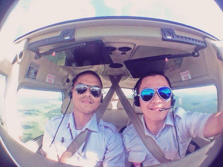 Mutual flight with geovanni deladino #studentpilot #aaa #wfs #mutualflight #indonesia #palangkaraya