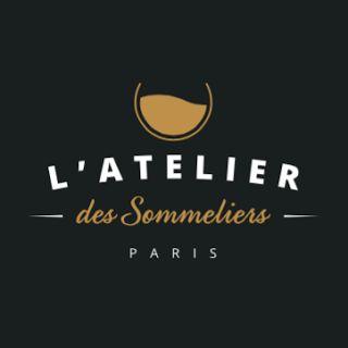 NOUVEL ARTICLE SUR LE BLOG ! En ce Vendredi, nous partons à la découverte du beau village de Santenay en Bourgogne. Découverte également de son super vin que vous pourrez gouter à l'atelier des sommeliers.   Vous avez du rab aujourd'hui avec 2 lieux à l'honneur  avec un beau village bourguignon et une belle enseigne sur Paris.  Nous vous disons tout dans l'article :-)  #Voyage #France #Bourgogne #Santenay #Vin #Vigne #promenade #Cru #Chardonnay #Cep #Appellation #Campagne #Clocher…