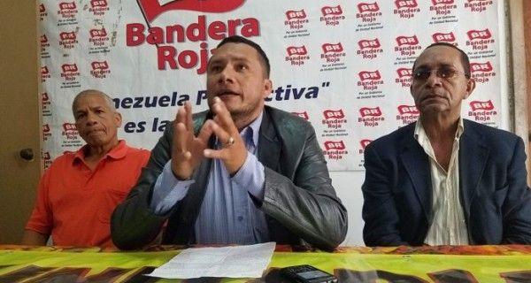 ¡ALERTAN! Bandera Roja desmiente participación en reunión sobre Constituyente: Gobierno usurpó nuestro nombre - http://wp.me/p7GFvM-H6s