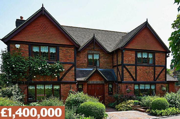 Hall Hill, Oxted, Surrey: A detached home built in 1997, with five bedrooms and an acre of...