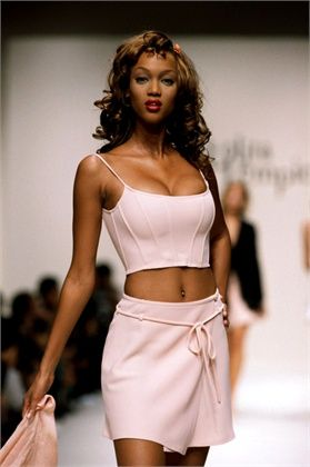 Spring/summer ready-to-wear collection by Lempicka (1995)