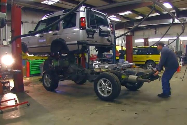 Our friends at J. White's Automotive in Framingham, Massachusetts posted a four-minute video on how they swapped the frame in a 2004 Land Rover Discovery II. It is quite the thing to see. PHOTOS: Full Galleries of Land Rovers from 1948 to Present The trick to doing it is as follows: -Have a crew in [