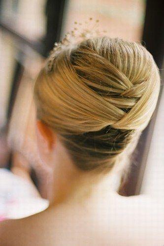 Idées coiffures et maquillage - Les chignons sans diadème